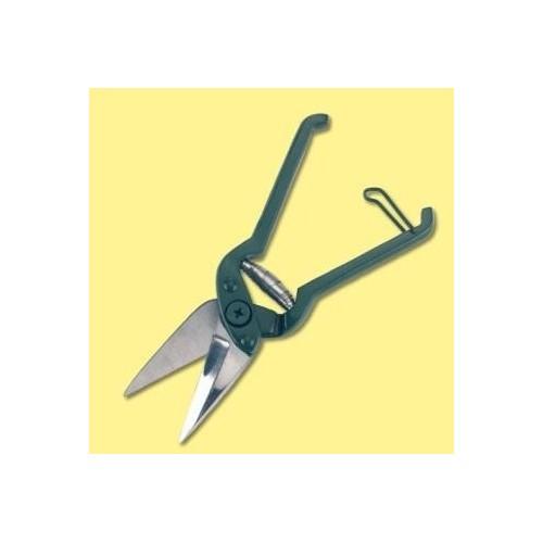 Cuvă recepție cu ușă hidraulică manuală cu lungimea de 7000 mm și lățimea de 2500 mm